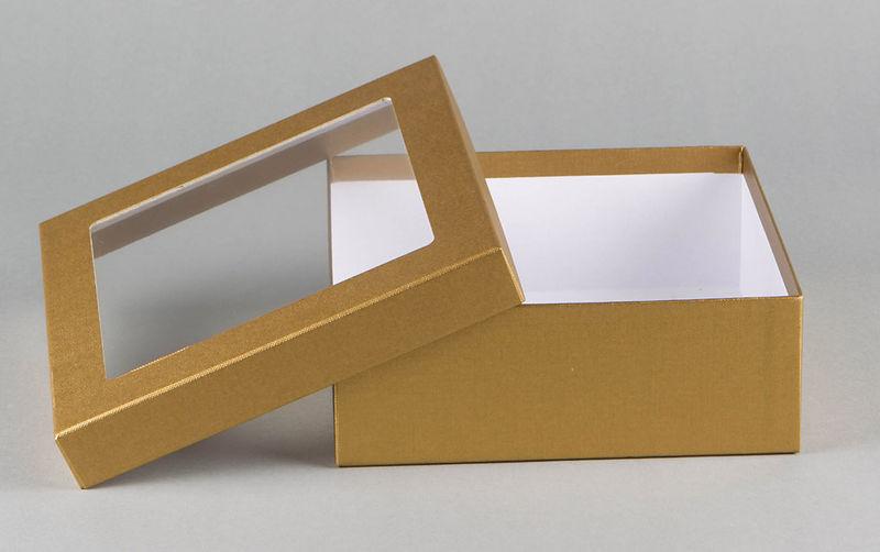 St lpdeckelkarton mit sichtfenster hertel kartonagen for Was ist das fenetre